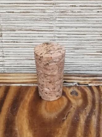 Пробка натуральная коническая 18х23 мм агломерированная