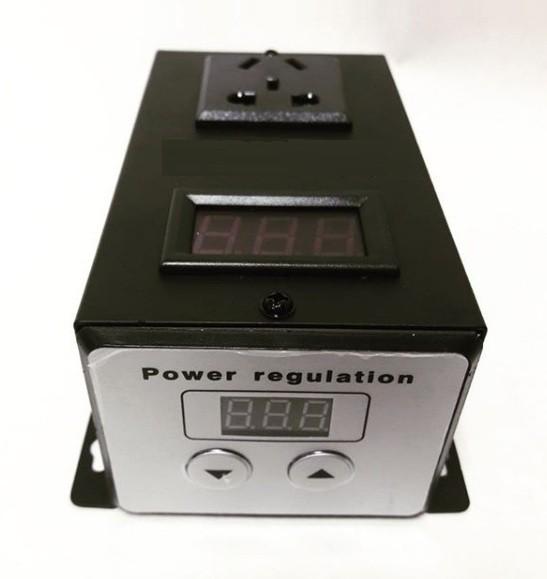 Регулятор напряжения 6000 Вт однофазный с дисплеем